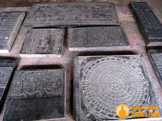 Bộ ván kinh phật cổ nhất Việt Nam được in khắc trên gỗ thị