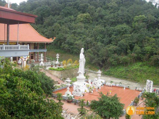 Chính Pháp đường chùa Lân
