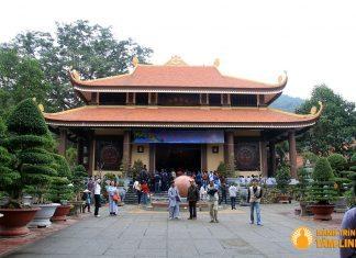 Chính điện chùa Lân (Đại Hùng Bảo Điện)