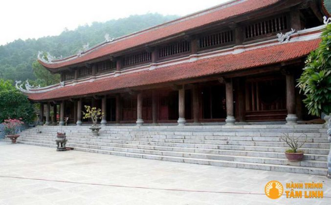 Chùa Non Nước đền Gióng ( Sóc Sơn,Hà Nội )