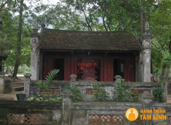 Đền mẫu đền Gióng ( Sóc Sơn,Hà Nội )