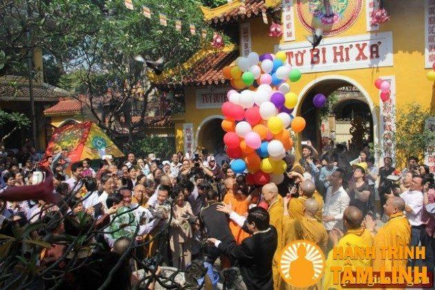 Lễ phật đản tại chùa Quán sứ 2014