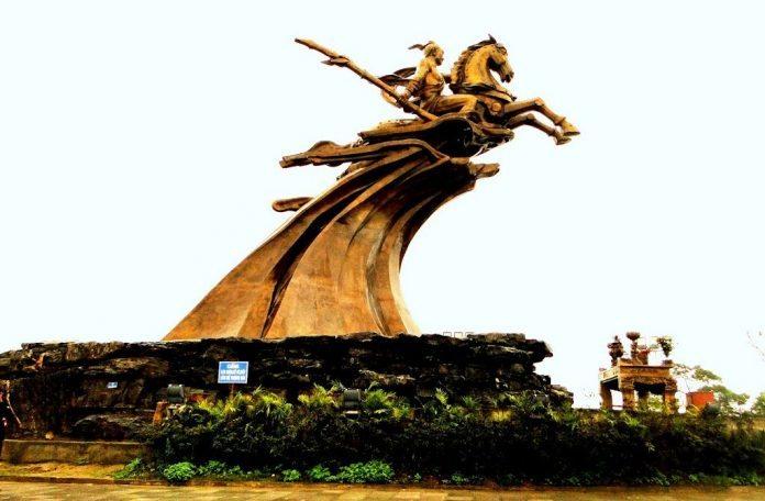 Tượng Thánh Gióng - Sóc Sơn, Hà Nội