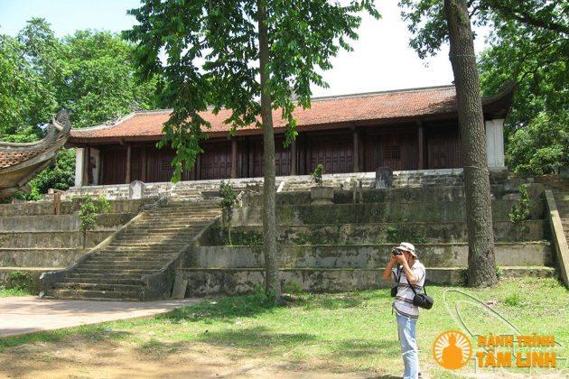 Chính điện chùa Trăm Gian ( Chương Mỹ, Hà Nội )