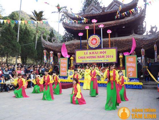Chùa Hương – danh lam thắng cảnh tuyệt vời đất Việt