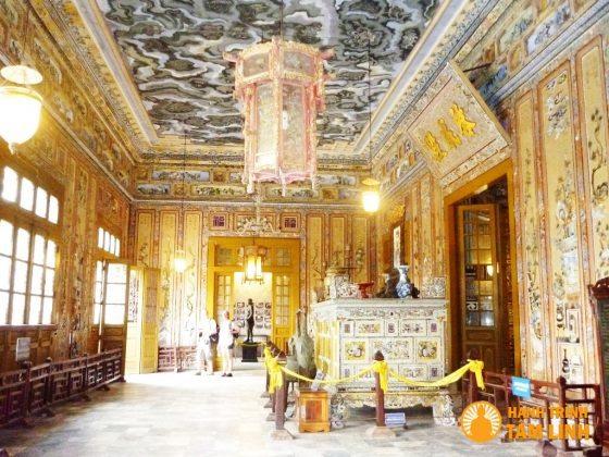 Lăng Khải Định - Cụm di tích ngoài kinh thành Huế