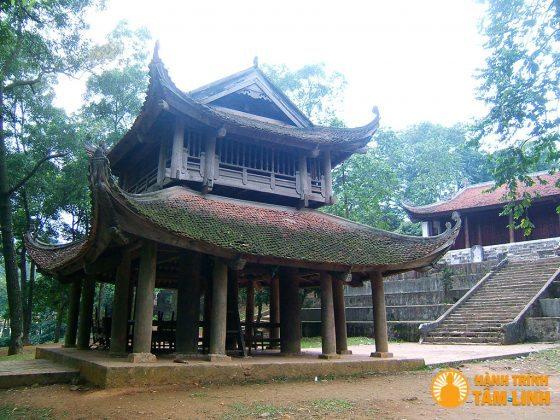 Tháp Chuông chùa Trăm Gian ( Chương Mỹ, Hà Nội )