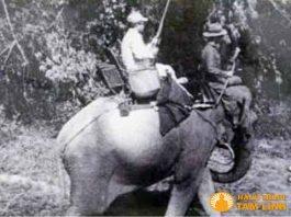Vua Bảo Đại đi săn bắn