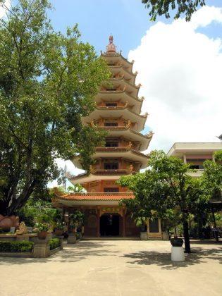 Bảo tháp ngọc phật chùa Tịnh Xá