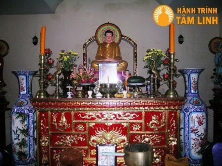Chánh điện chùa Thanh Quang