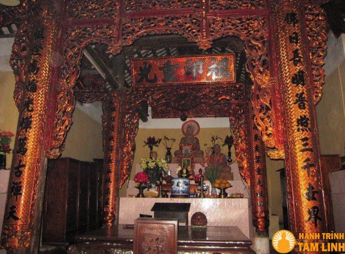 Chính điện chùa Trung Tự