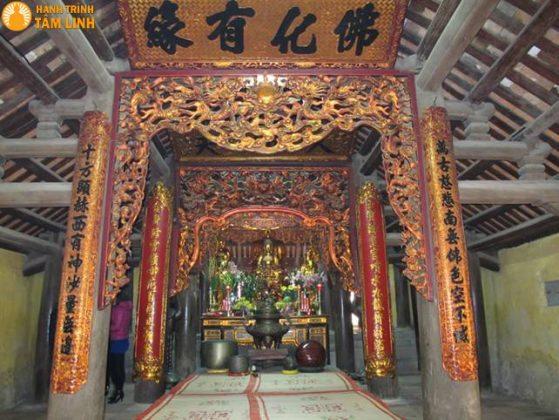 Chính điện chùa Côn Sơn