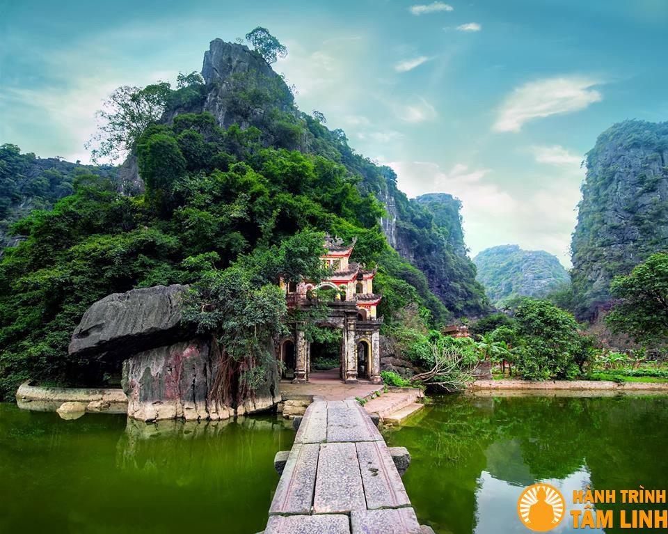 Image result for chùa bích động