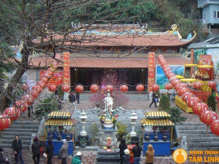 Chính điện chùa Long Tiên