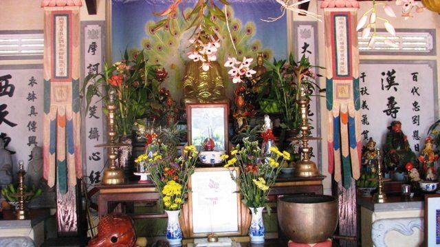 Đại hùng bửu điện chùa Thiên Tứ