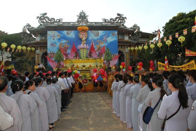 Đại lễ phật đản chùa Tịnh Quang