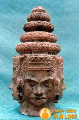 Đầu tượng Phật 4 mặt Chùa Thiên Phước