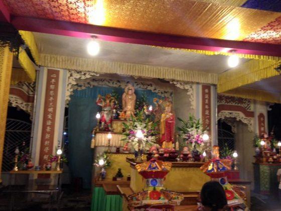 điện thờ chùa Quang Minh