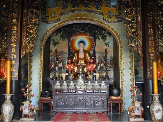 Điện Chùa Linh Ứng Ngũ Hành Sơn