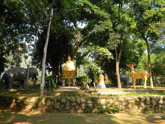 Một góc chùa Thiên Ấn