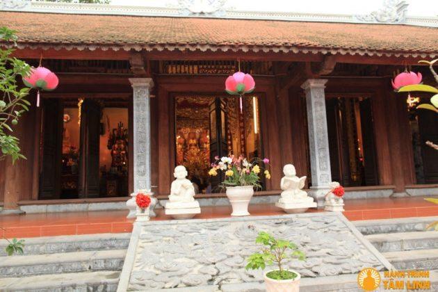 Tiền đường chùa Nga My