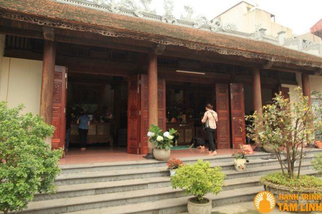Tòa tây đường chùa Trung Tự