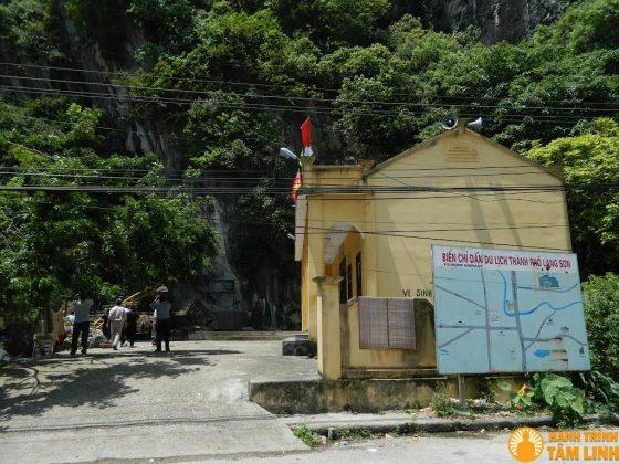 Toàn cảnh chùa Tiên
