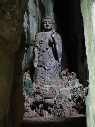 Tượng Chùa Linh Ứng Ngũ Hành Sơn