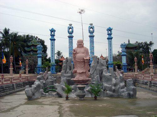 Tượng Phật chùa Linh Sơn