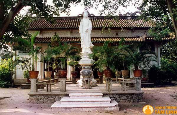 Chùa Long Huê