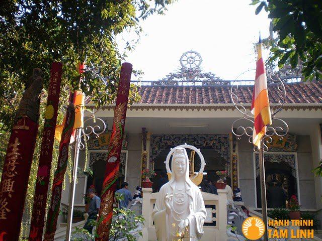 Chùa Quảng Hương Già Nam