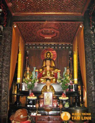 Điện Phật chùa Hội Sơn