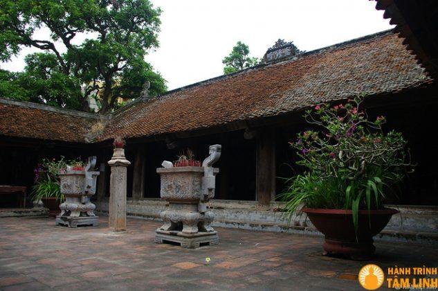 Hương đỉnh chùa Chuông (Phố Hiến, Hưng Yên)
