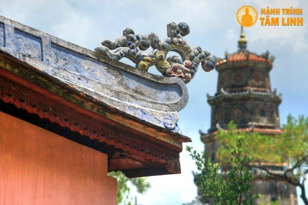 Kiến trúc mái chùa Thiên Mụ