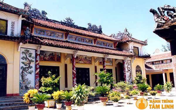mặt tiền chùa Phước Lâm