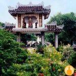 Tam Quan chùa Quảng Hương Già Lam