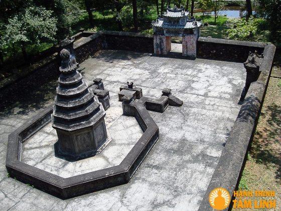 Tháp mộ tổ sư Liễu Quán
