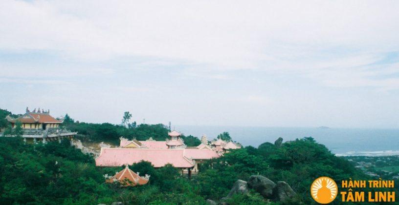 Toàn cảnh chùa Linh Phong