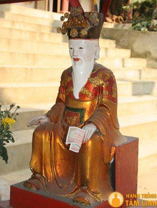 Tượng Sơn thần đường lên chùa Hinh Bồng (Quần thể di tích chùa Hương)