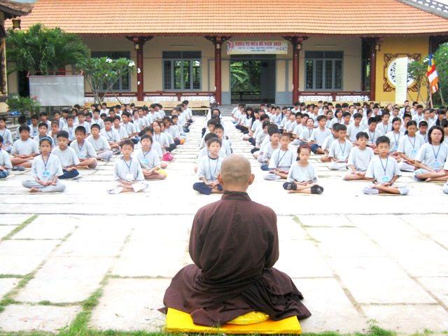Dạy con theo triết lý Phật giáo