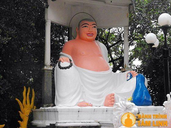 Tượng phật Di Lặc chùa Bửu Phong