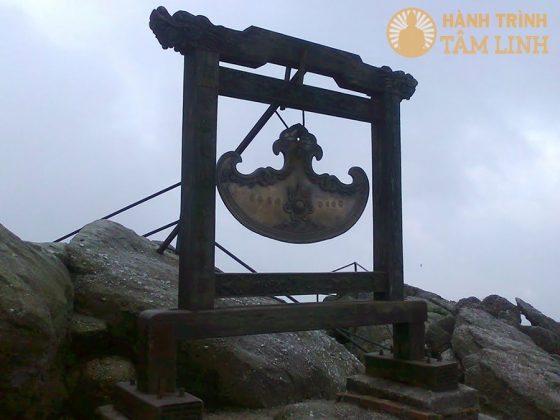 Khánh chùa Đồng Yên Tử