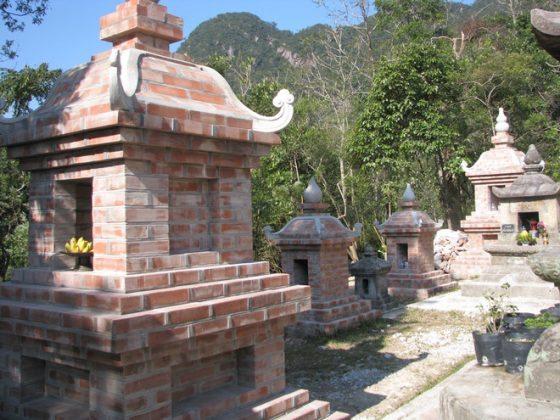 Trùng tu vườn tháp Huệ Quang