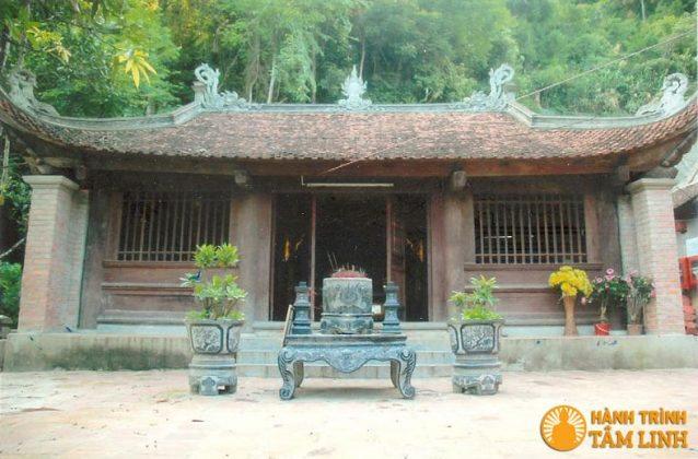 Điện thờ Mẫu chùa Giải Oan