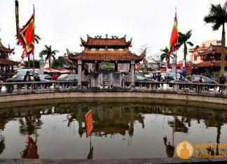 Hồ bán nguyệt phủ Tiên Hương