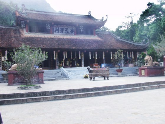 Chùa Thiên Trù - Quần thể di tích chùa Hương
