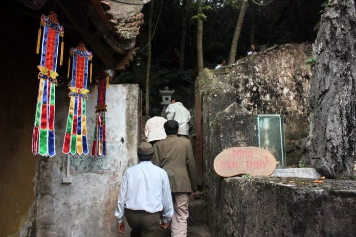 Động Vân Thủy – Quần thể di tích chùa Hương