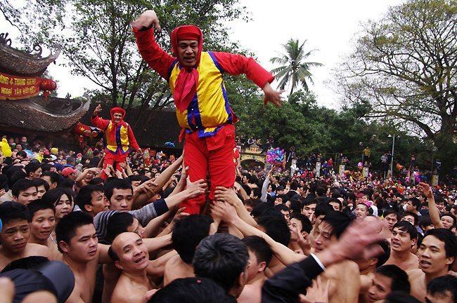 Lễ hội làng Đồng Kỵ