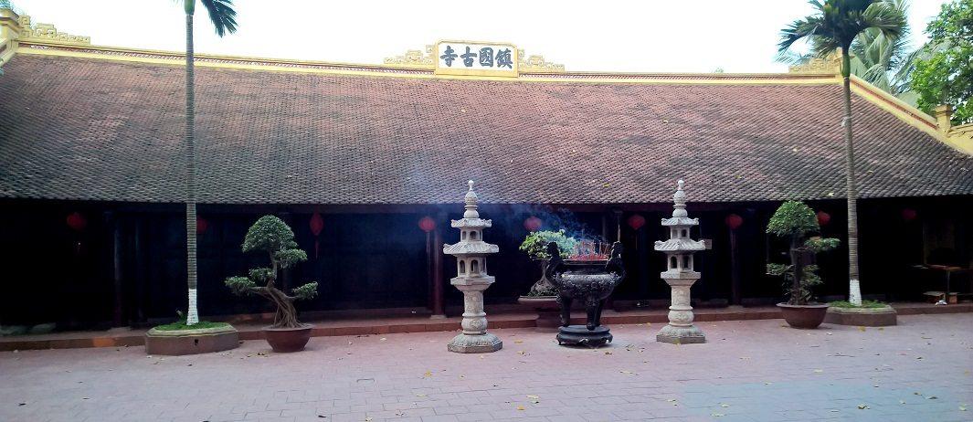 Thượng điện chùa Trấn Quốc