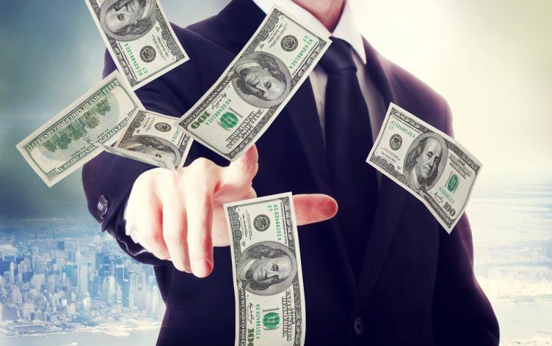 Tiền bạc nhìn ra nhân nghĩa